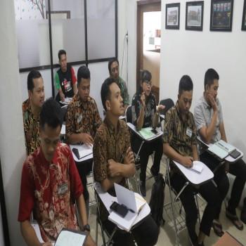 English Course for Manajemen Area Luar Negeri